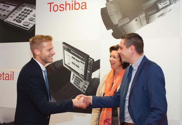 Onze Software en apps helpen informatie en documenten effectiever te organiseren. Wil je productiviteit verbeteren, kosten besparen of documenten beveiligen? Toshiba heeft de juiste oplossingen.