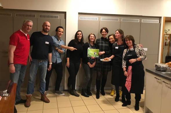 Lees meer over Koken bij het Ronald McDonald huis Utrecht met Toshiba Samen Sterk